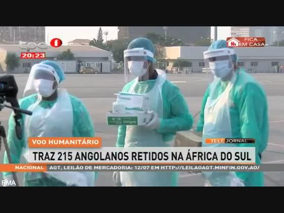 Voo humanitário traz 215 Angolanos retidos na África do Sul